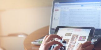 facebook, huawei, samsung, apple, htc, dane, sprzedaż