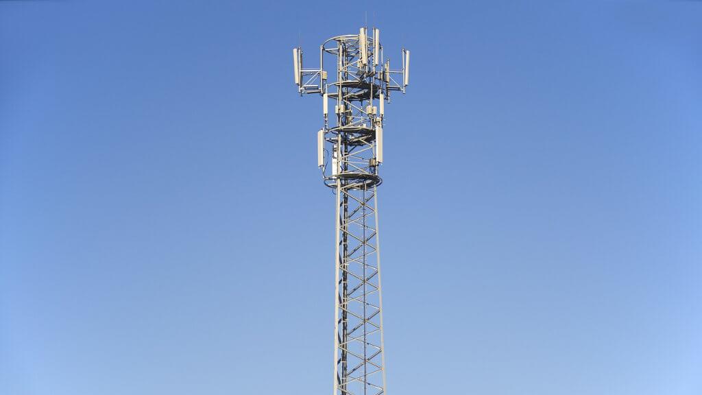 Plus LTE-Advanced
