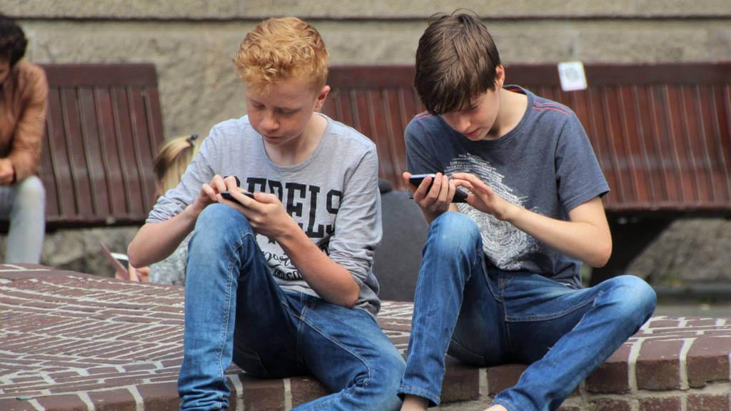 smartfon rogi