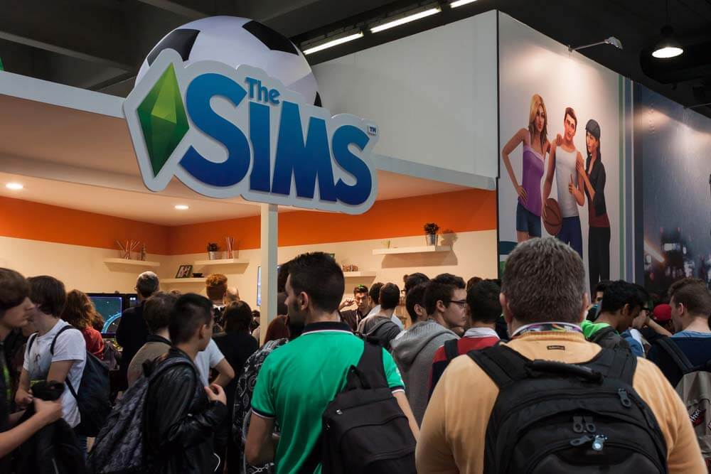 Sims 5, Thee Sims, EA